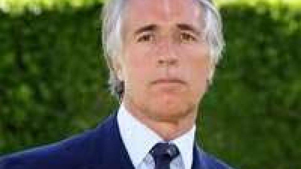Coni: a sorpresa viene eletto presidente Giovanni MalagòConi: eletto presidente Giovanni Malagò