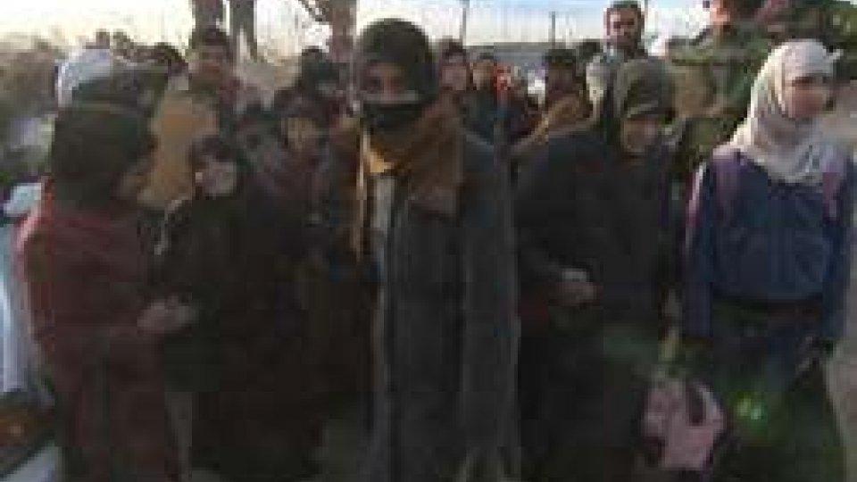Siria: esodi di massa, da Afrin e Ghouta est, verso i territori controllati dal Governo
