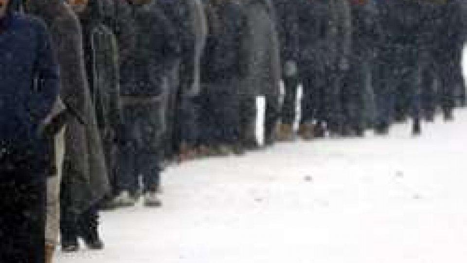 Belgrado: più di un migliaio di migranti al gelo