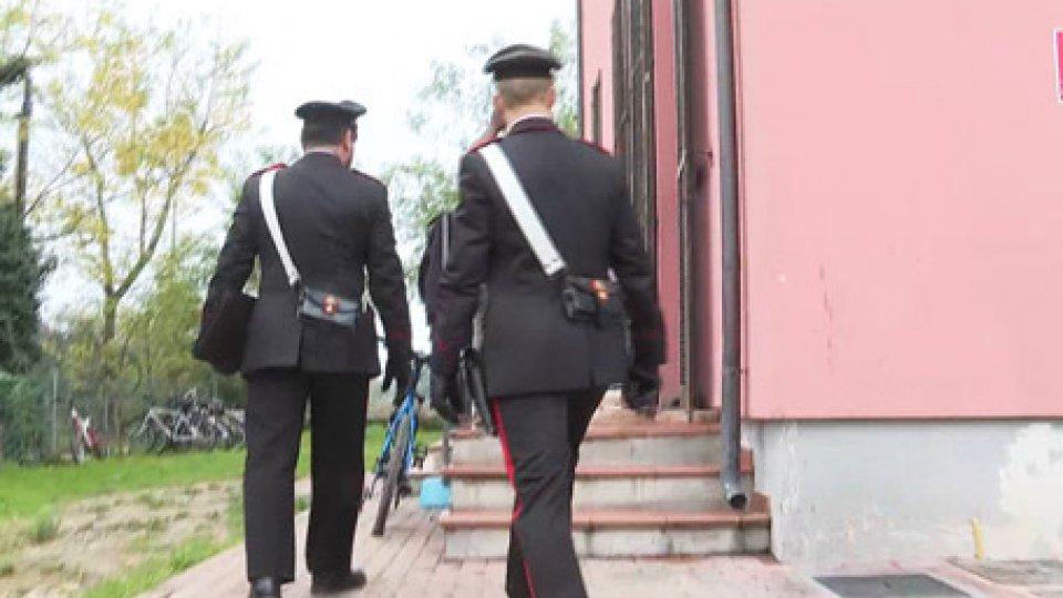 Carabinieri a SpadaroloRimini, bomba carta sul centro migranti: raffica di reazioni