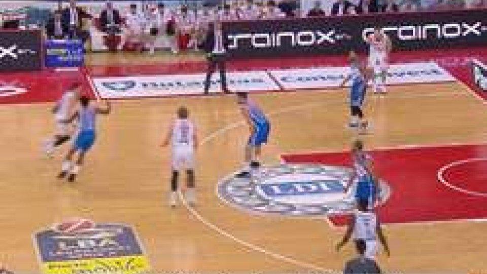Pesaro CantùBasket, anche Cantù passa a Pesaro