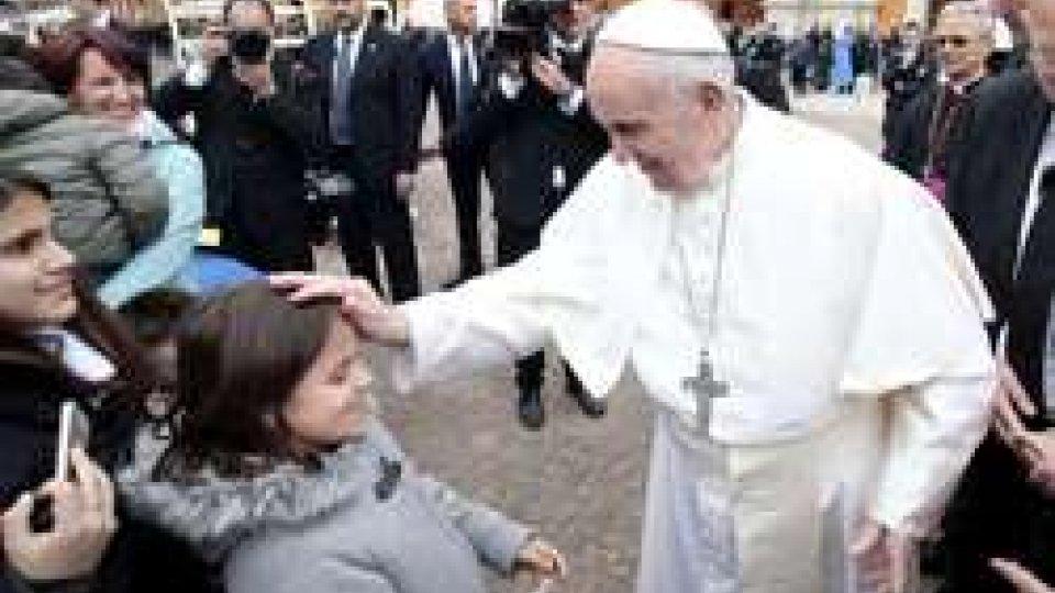 Papa Francesco visita le zone dell'Emilia colpite dal terremoto del 2012