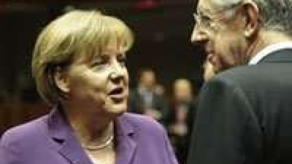 Monti si prepara al faccia a faccia di domani con Angela Merkel