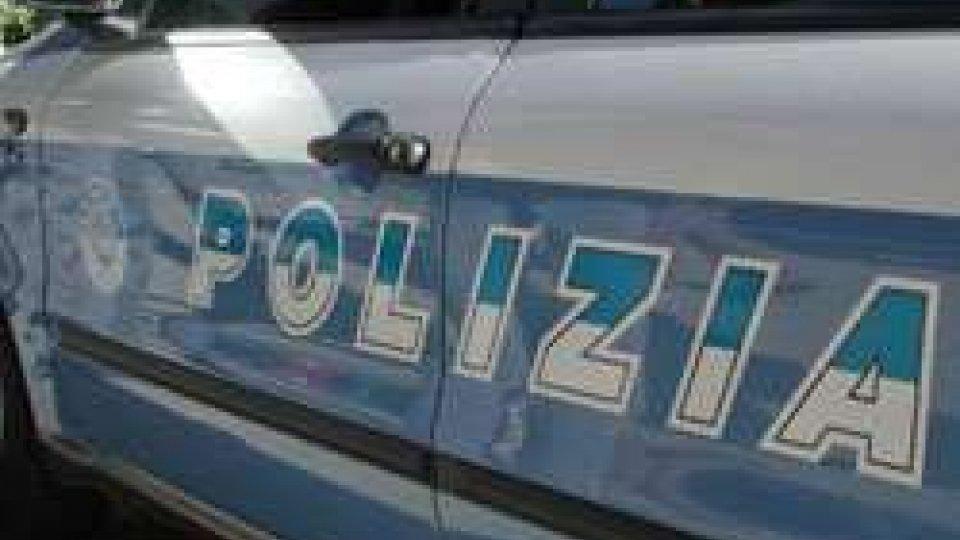 Propone droga a poliziotti in 'borghese', arrestato nigeriano
