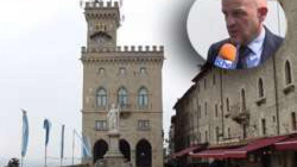 Nel riquadro il Segretario Marco PodeschiL'opposizione torna all'attacco sulle banche. Botta e risposta tra Mdsi e il Segretario Podeschi