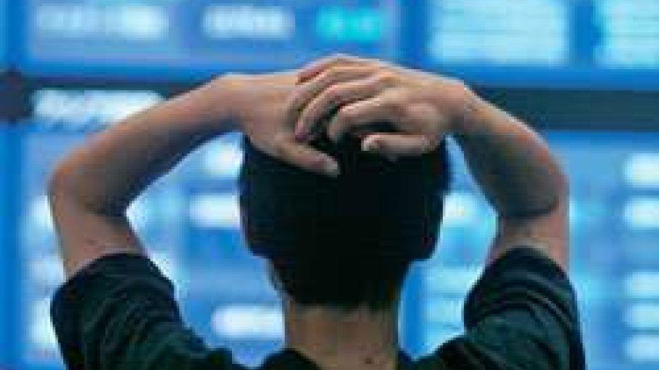 Borsa, sprofonda l'Asia: panico sui mercati