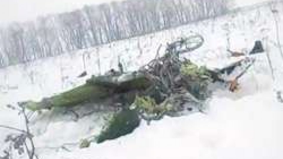 Disastro aereo di MoscaDisastro aereo di Mosca: si indaga sulle cause dello schianto