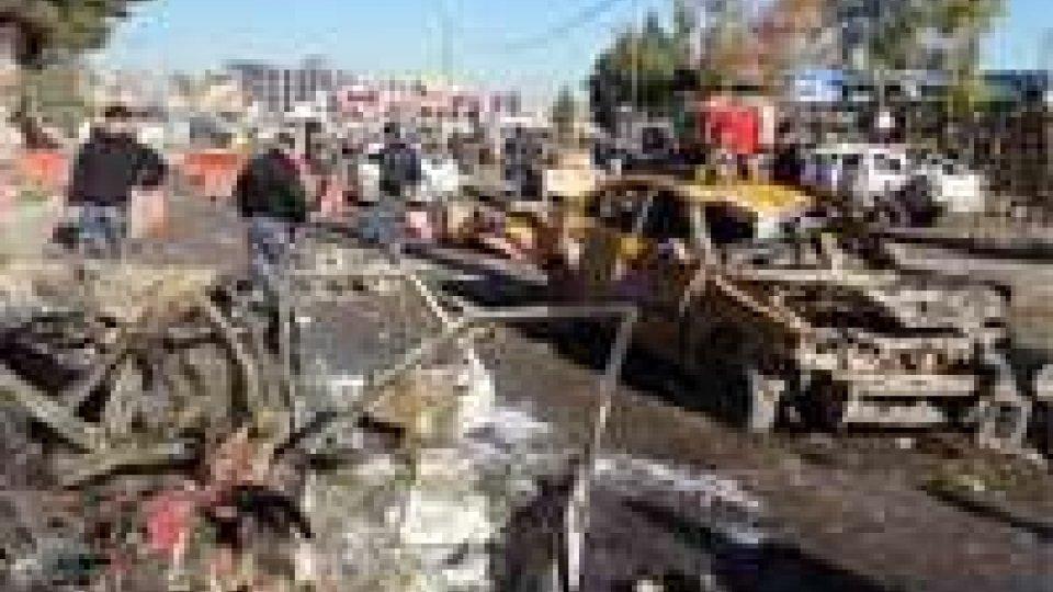 Iraq: otto autobomba fanno strage sciiti a Baghdad