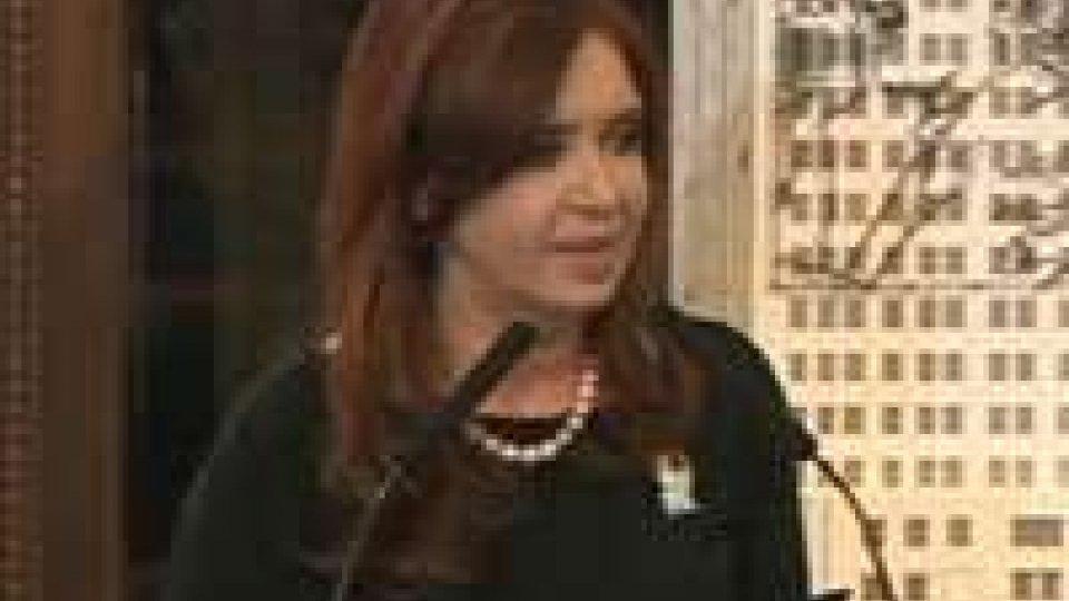 Argentina, promulgato l'esproprio della Ypf