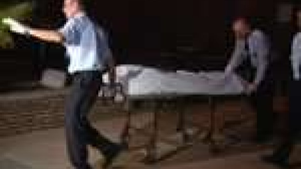 Spagna. Uomo spara a donna incinta: donna muore ma bimbo si salva