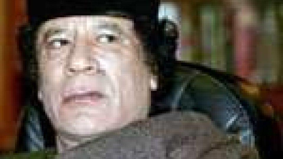 Libia: ancora bombe sul bunker di Gheddafi