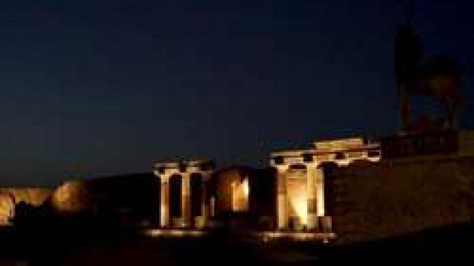 PompeiUna notte a Pompei: visite serali grazie al nuovo impianto di illuminazione