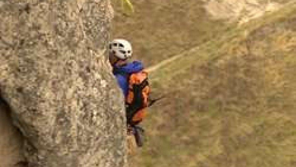Tratto in salvo rocciatore in difficoltà durante la scalata del Monte Titano