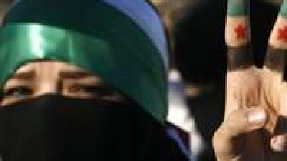 Siria: almeno 61 le vittime anche oggi