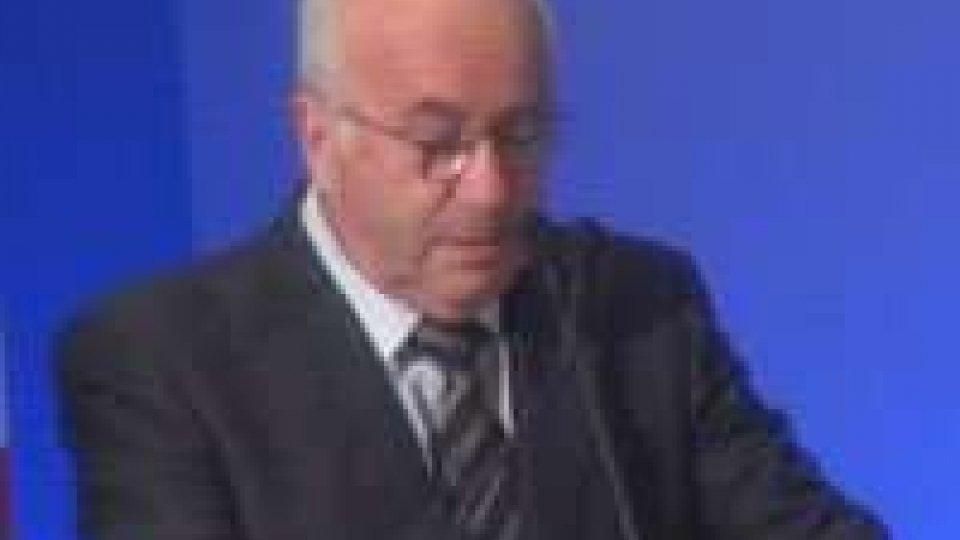 FIGC: Tavecchio è il nuovo presidente e si emozionaFIGC: Tavecchio è il nuovo presidente e si emoziona