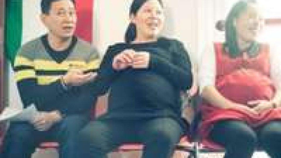 Cina: pronte le multe per le donne single incinta