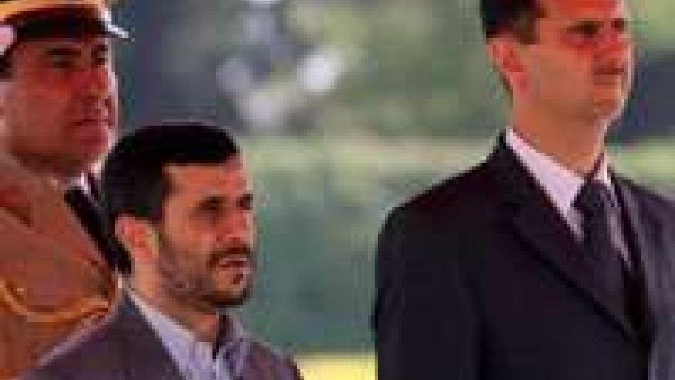 Mercedes per Assad sequestrate a San Marino: è gialloMercedes per Assad?