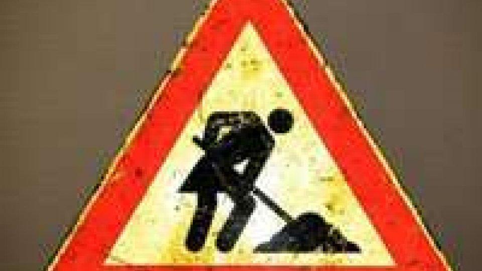 San Marino - Chiusa al traffico rotatoria a Serravalle