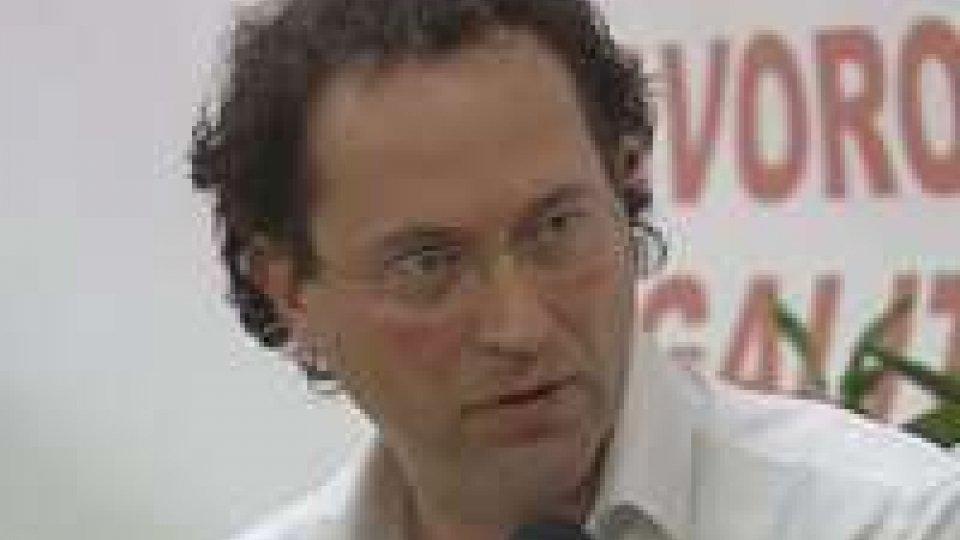 Rimini: il Segretario Arzilli alla serata del Pd per parlare di infiltrazioni mafioseRimini: il Segretario Arzilli alla serata del Pd per parlare di infiltrazioni mafiose