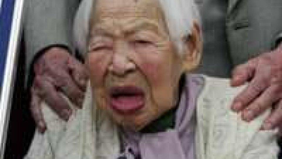 Giappone: la più vecchia del mondo, Misao Okawa, compie 115 anni