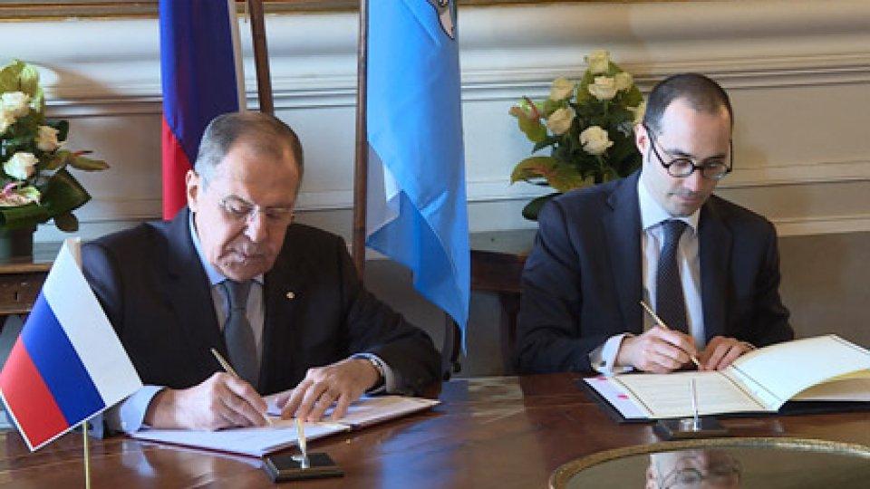 Sergey Lavrov e Nicola RenziVisita Lavrov: firmato Memorandum d'Intesa tra i Ministeri degli Esteri di Russia e San Marino