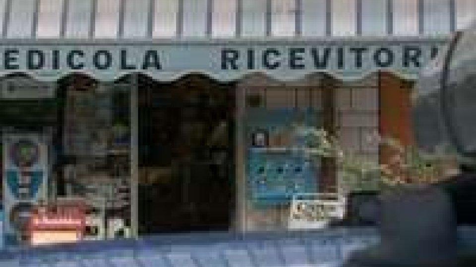 Rimini: tabaccheria rapinata da giovane armato di pistola