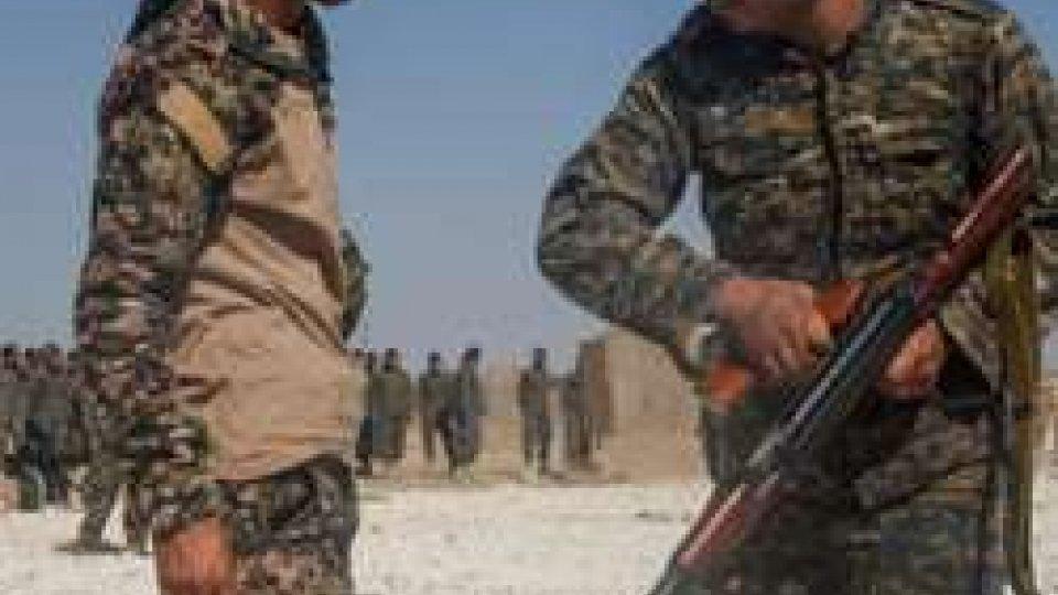 """addestramento reclute (ph lantidiplomatico.it)Siria: USA annunciano creazione di """"guardia di frontiera"""" curda nel Nord del Paese"""