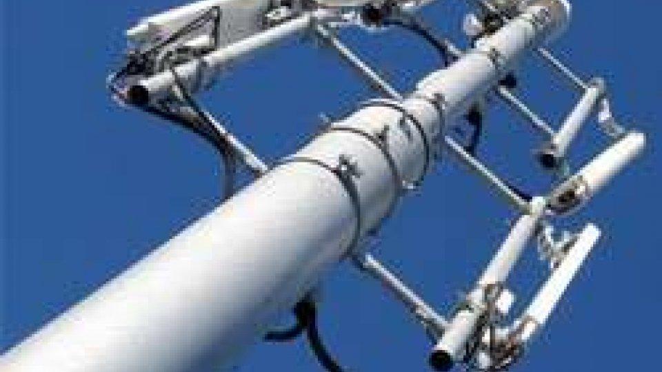 Segreteria, ripetitori in mano agli operatori per garantire la manutenzione