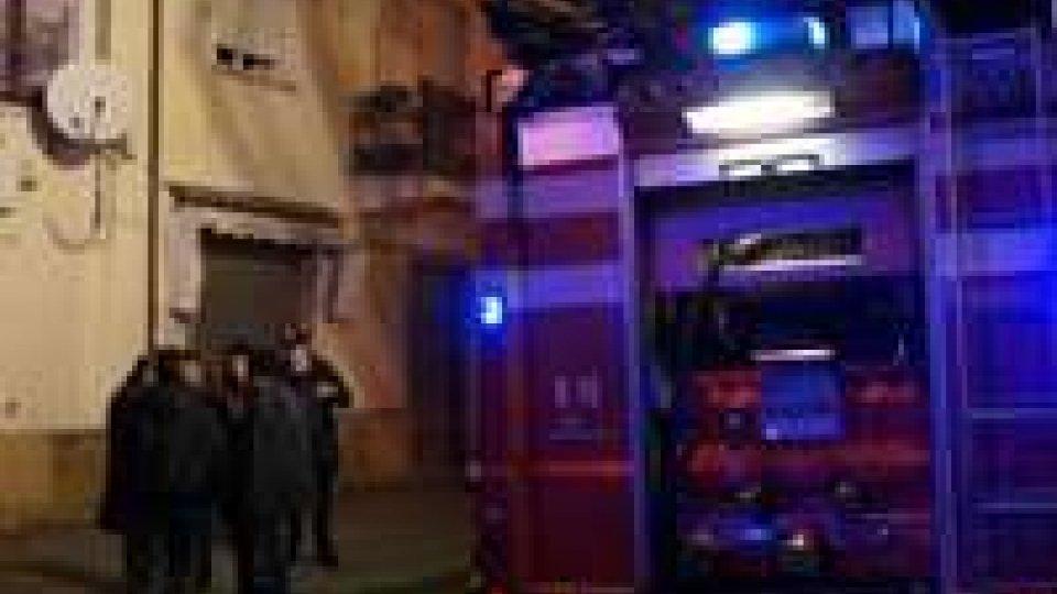 Rimini: negozio di computer a fuoco, titolare ustionato