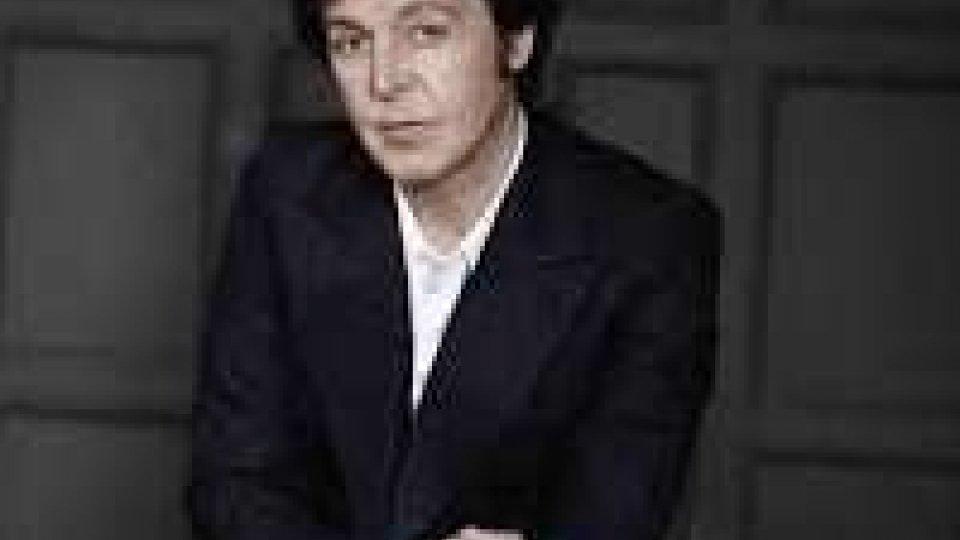 Paul McCartney atterrato nella notte a Bologna