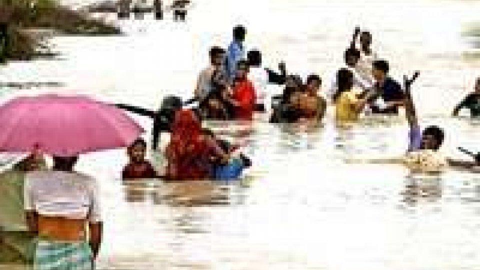Monsone indiano: impossibile contare le vittime
