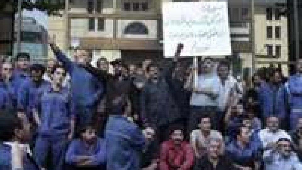 La crisi economica colpisce l'Iran
