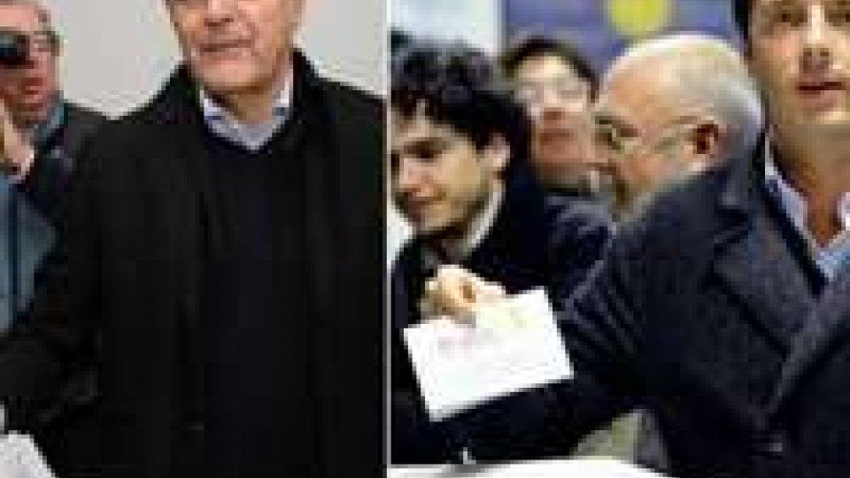 Primarie: a Bersani il primo round, domenica ballottaggio con Renzi