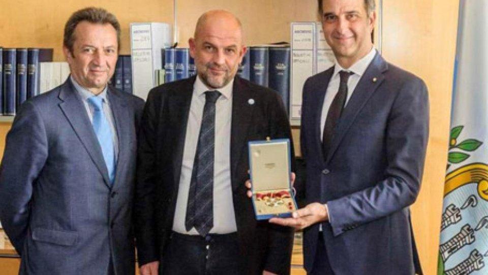 Michele UvaMichele Uva a San Marino, insignito del titolo di Cavaliere equestre di Sant'Agata