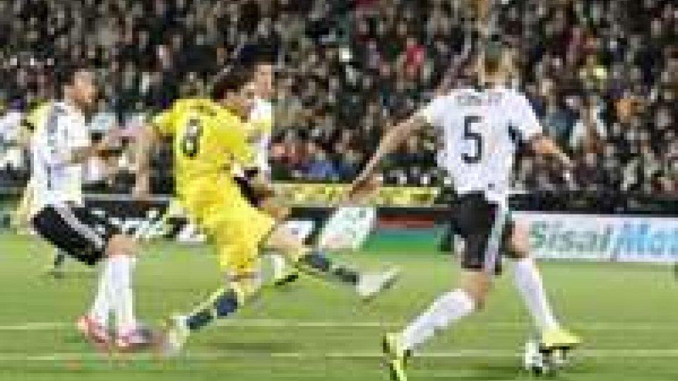 Negli anticipi di serie B Cesena-Verona 0-0 e Grosseto-Empoli 0-1
