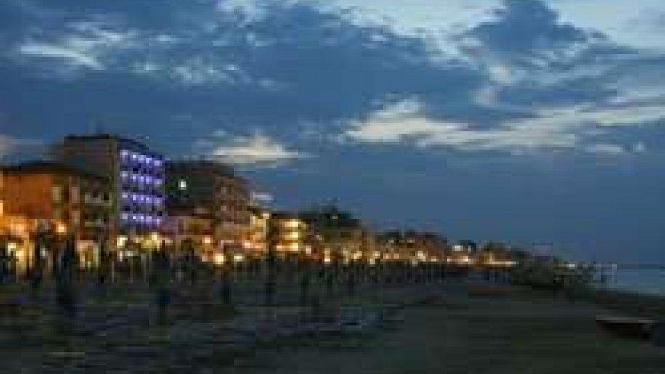 Rimini: tentata violenza sessuale in spiaggia