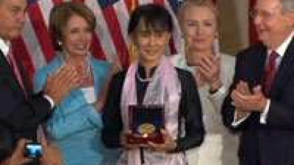 Ad Aung San Suu Kyi la medaglia d'oro del Congresso Usa