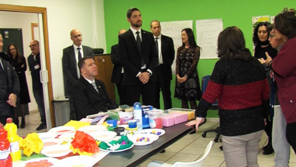 La visita al Laboratorio AtelierLe visite della Reggenza continuano con le emozioni del Laboratorio Atelier e del centro Colore del Grano