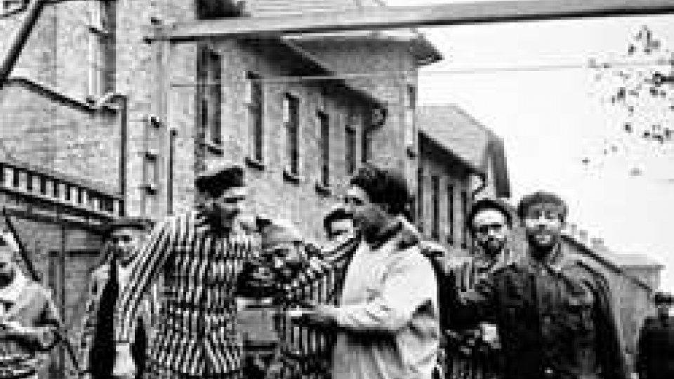 Le truppe dell'Armata Rossa liberano Auschwitz