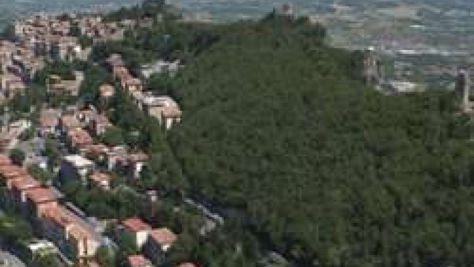 Il Monte TitanoSan Marino: adeguamento antisismico, un decreto stabilisce le passività deducibili