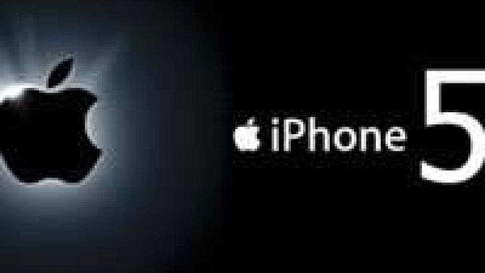 iPhone 5 da oggi disponibile in Italia