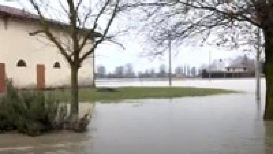 Maltempo, dopo la piena del Reno si contano i danni. Riapre l'A22