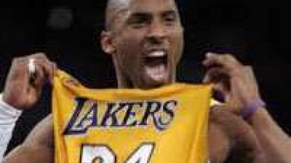 NBA, Kobe nella storia: terzo realizzatore di sempre, superato Jordan