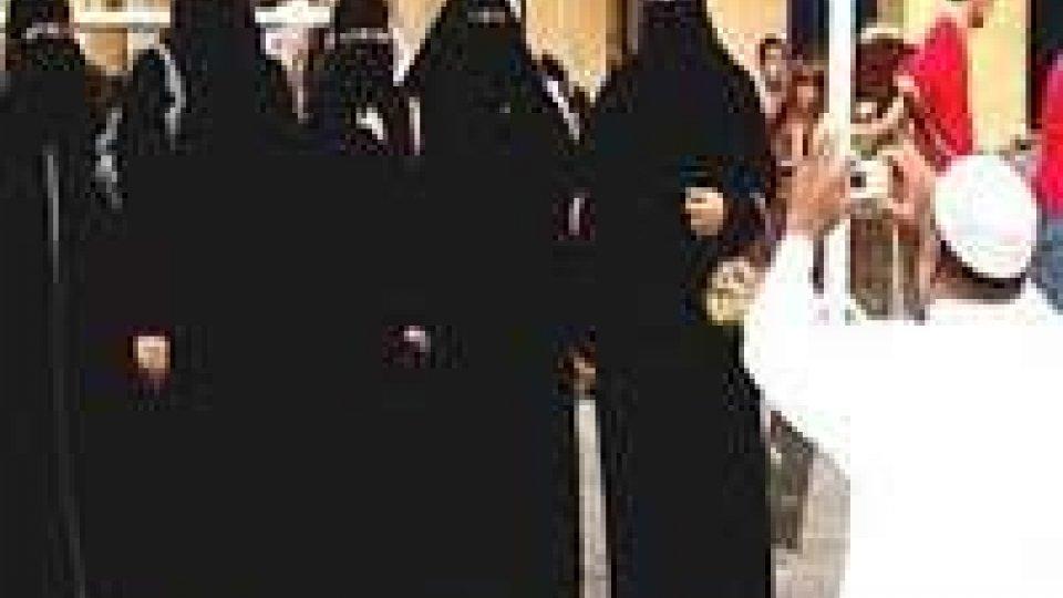 Libia: corte suprema riammette poligamia vietata da Gheddafi