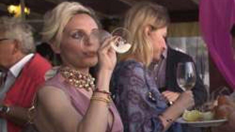 VinitalyFatturato vino in crescita, al Vinitaly la penisola mette in mostra i suoi best-seller