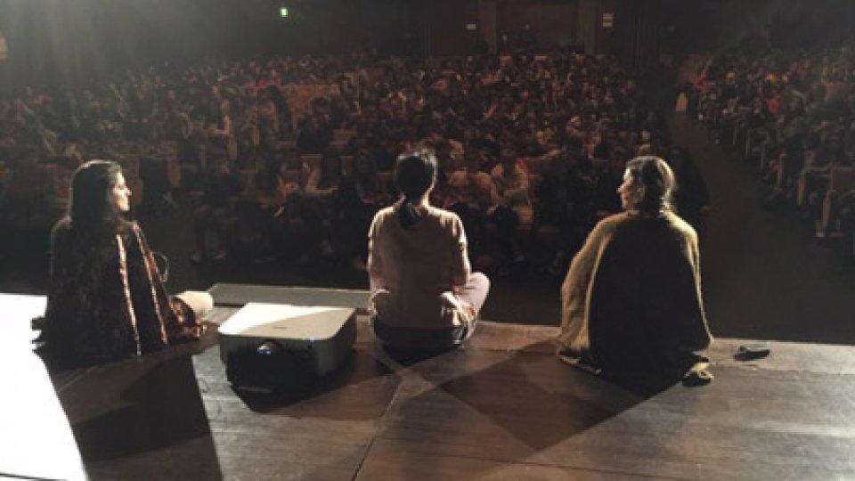 San Marino Teatro: 500 ragazzi delle Scuole medie al Teatro Nuovo per Diversiàmoci