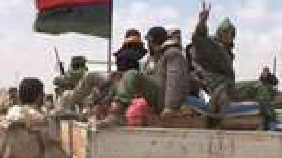 Libia: ai continua a combattere a Brega e Misurata