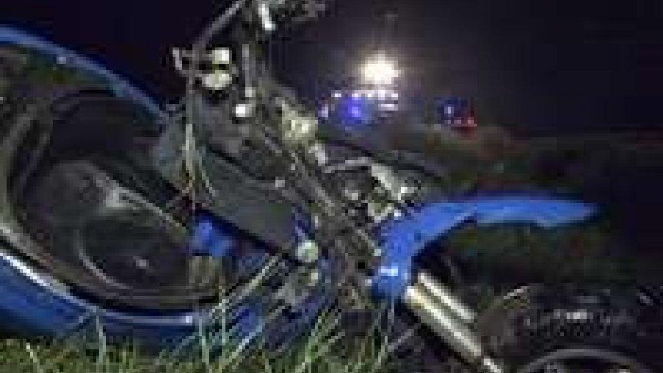 Rimini: frontale auto-moto a San Giovanni in Marignano, muore scooterista di 50 anniRimini: frontale auto-moto a San Giovanni in Marignano, muore scooterista di 50 anni
