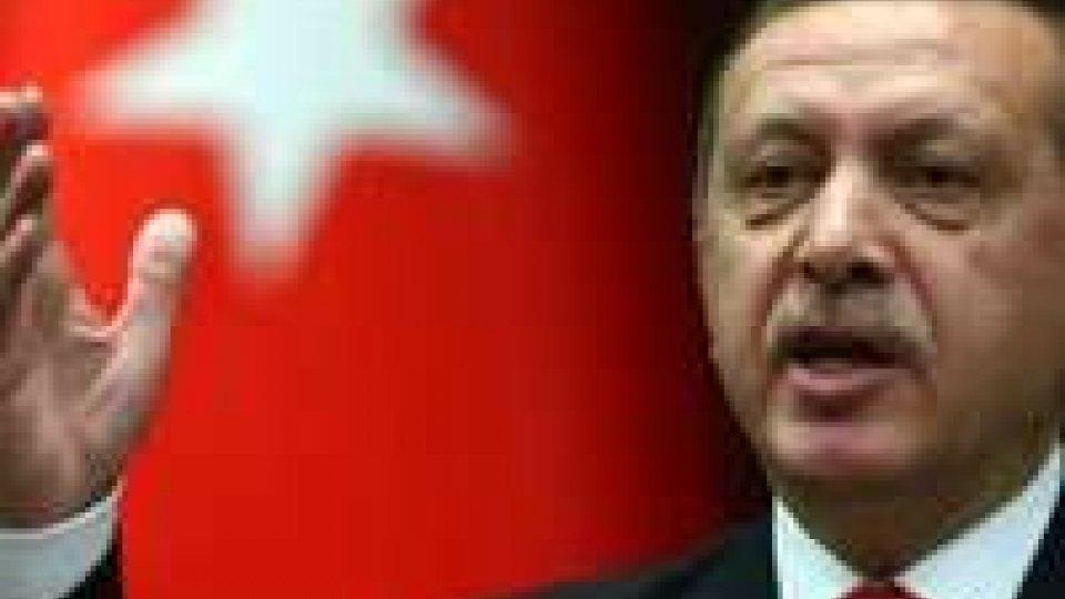Turchia: esploso ordigno vicino agli uffici del premier