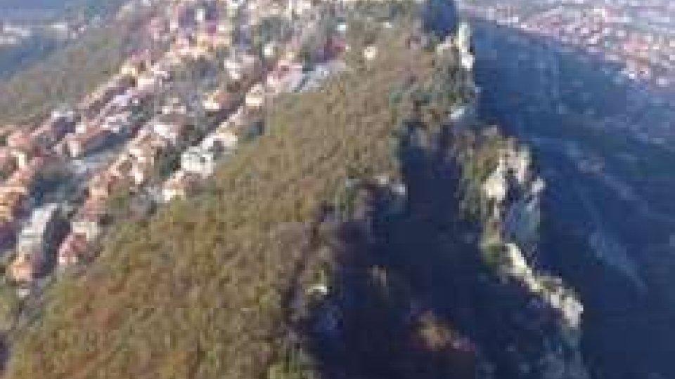 San Marino dal droneVIAGGIO IN 3D sulla Città-Stato